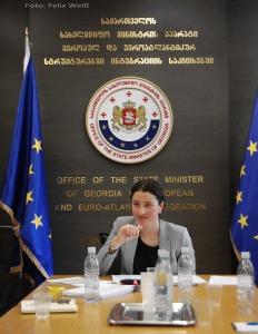 Ministeriumsmitarbeiterin Nino Grdzelishvili bezeichnet die EU-Annäherung als